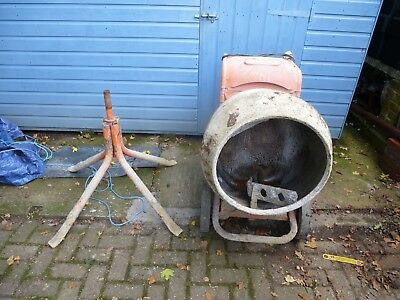 Belle Mini mix 150 Cement Mixer and Stand 230V works fine
