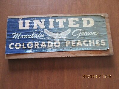 Vintage Fruit Crate Wooden Advertisement Wall Hanging -  United Colorado Peaches