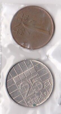 (H75-42) 1965-84 Netherlands 1c and 25c coins (C)