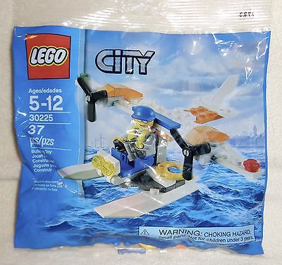 Lego City ~ RESCUE COAST GUARD SEAPLANE w/ Minifigure #30225 Polybag  NEW SEALED
