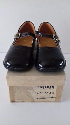 Vintage Pair Of Fostonian Children's Black Shoes Size 6 In Original Box