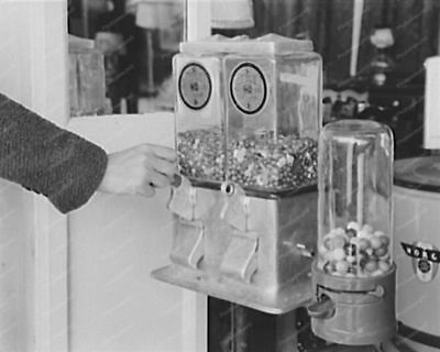 "Gumball Penny Vending Machines 1930s 8"" - 10"" B&W Photo Reprint"