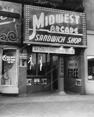 "Midwest Arcade 1950s Peep Shows Games   8"" - 10"" B&W Photo Reprint"