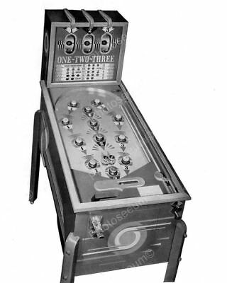 "Mills 123 Payout Pinball Machine 1938   8"" - 10"" B&W Photo Reprint"