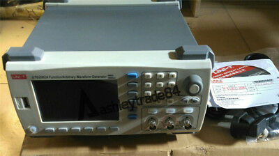 Function/Arbitrary Waveform Generator UNI-T UTG2062A 60MHz 250MS/s 4.3'' TFTLCD
