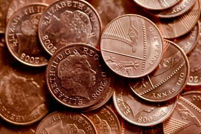 1p 1 Pence One Penny - Queen Elizabeth 2nd (Buy One Get One Free)