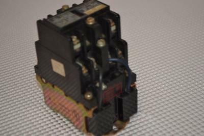 One Used Allen-Bradley Latch Type Ac Relay 700-Nm400A1.