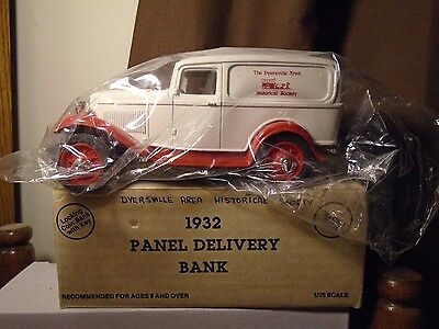 Dyersville Area Historical Society  Ford 1932 Panel  Delivery ERTL  Bank Truck