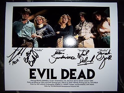 Evil Dead Cast  Bruce Campbell Signed 8X10 Photo