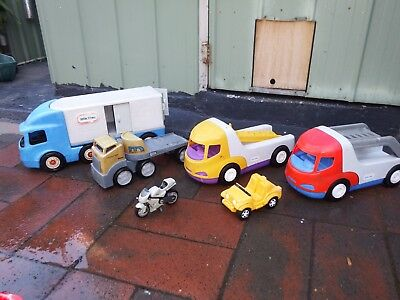 4 x Large  Little  Tikes Plastic Trucks Great For The Sandpit Good Cond
