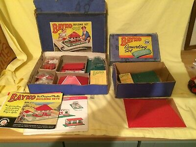 Two Vintage 1950s Bayko building sets, please see the pictures .