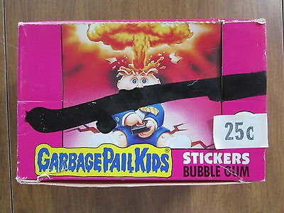 "Vintage 1985 Topps Garbage Pail Kids ""b"" Sticker Packs From Ireland Lot Of 32"