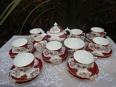 "27 x Vintage Coalport hand decoration ""Rosemary Red"" tea set"