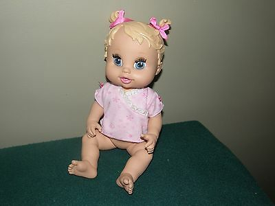 2006 Baby Alive SIP and SLURP Doll Blonde Molded Hair Eye Lashes Hasbro
