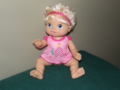 2010 Baby Alive Wets N Wiggles Giggles & Coo's - Works great!