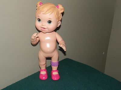 2013 Hasbro Baby Alive Gets a Boo Boo - Band aid leg Drinks & Wets