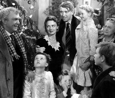 It's a Wonderful Life UNSIGNED photo - K3602 - James Stewart and Donna Reed