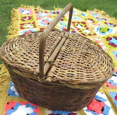 Antique Woven Wicker Picnic Basket & VTG Crochet Granny Square Afghan Throw LOT