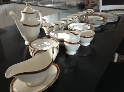 Royal Doulton Tennyson Dinner Set