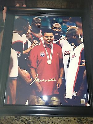 Autographed Muhammad Ali 16-20 Photo Dream Team Three Framed Ssg Pic And Cert