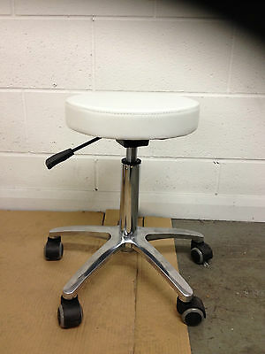 Salon Beauty Spa Tattoo Studio Doctor  Master Stool Chair Cl-D 9918 White
