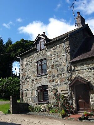 Cosy 4 Star Welsh Farm Cottage,Lake Vyrnwy,Mid Wales,3 for 2 night offer.