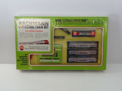 Bachmann N Scale Amtrak F9 Diesel & 3 Vista Dome Passenger Cars Track Power 4390