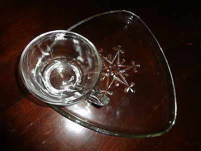 Vintage Indiana Colony Clear Glass Snowflake 8 Pc Snack Luncheon Plate Cup Set