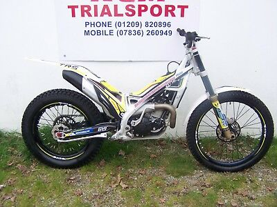 trs one 250  2017,8 months old. trials bike great condition ready to ride