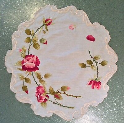 Vintage Table Cover ROSES Hand Embroidered Flowers Doily Topper Doilie Round
