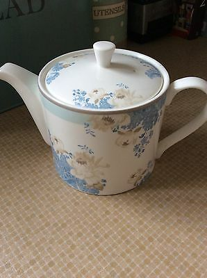 Laura Ashley Teapot. REDUCED. USED ONCE.