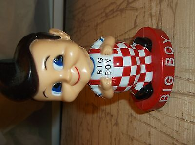 "Advertising BOBBLE-HEAD BIG BOY Figurine/4.5""x2""x2"" plastic/Red Black Beige"