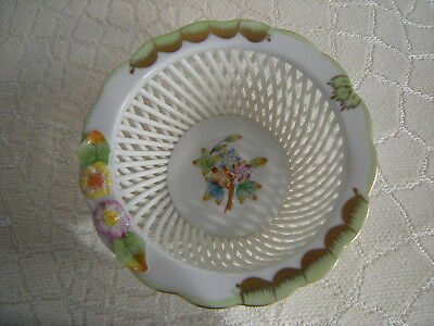 Herend Hungary Porcelain Woven Lattice Work  Floral  Bowl Hand Painted