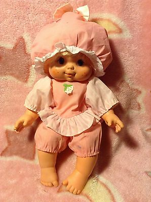 Vintage 1984 American Greetings Doll Blow Kiss Needs A Name Strawberry Shortcake