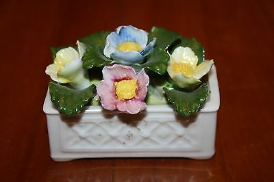 Aynsley Hand Painted Fine Bona China Flower Box Basket Hand Modeled Excellent