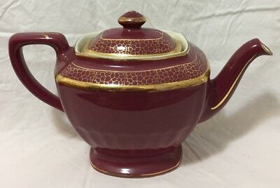 Vintage Hall 6 cup Teapot (0113) Maroon With Gold Details Made in U.S.A.