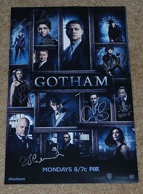 Wondercon 2017 Exclusive Fox Gotham Signed Poster