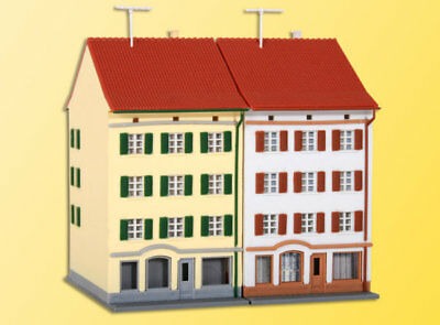 Kibri Kit 36843 NEW Z MULTI LEVEL RESIDENTIAL BUILDING WITH SHOP