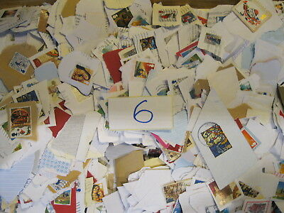 GB Kiloware Stamps All Franked Mostly Xmas Stamps 1KG..*****