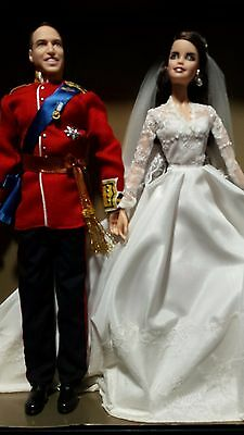 Prince William & Catherine (Kate) Royal Wedding Giftset Barbie Dolls 2012 NRFB