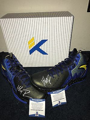 Klay Thompson Autographed Shoes Beckett Certified