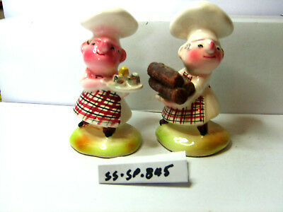 chefs bakers salt and pepper shakers