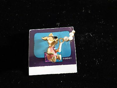 Disney Pin 16215 Piglet blowing bubbles - pink shirt on card