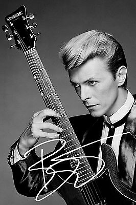 """David Bowie PP signed autographed photograph 6"""" x 4"""" singer songwriter musician"""