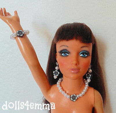 """TIFFANY TAYLOR DOLL JEWELRY SET Necklace Earrings Bracelet for 19"""" Ideal NO DOLL"""