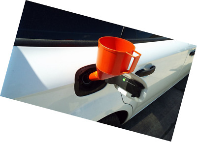 Angled Fuel Funnel That Does Not Need Two People To Use!fine Mesh Filter,handle,