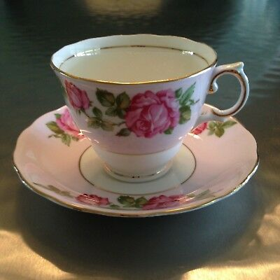 Colclough Red Rose on pink ground Teacup FREE SHIPPING