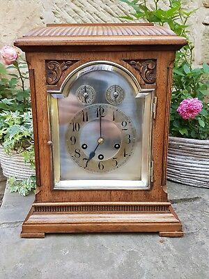 An impressive Westminster chiming bracket clock in walnut - Junghans 1911 GWO