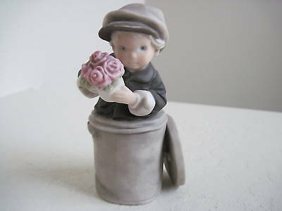 Pretty As A Picture I FOUND YOU Figurine