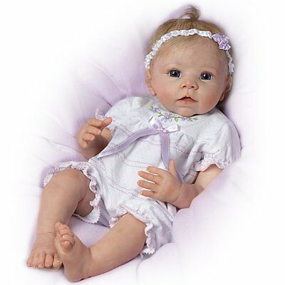 "Ashton Drake Linda Murray Lifelike Baby Girl Doll - ""Chloe's Look of Love"""